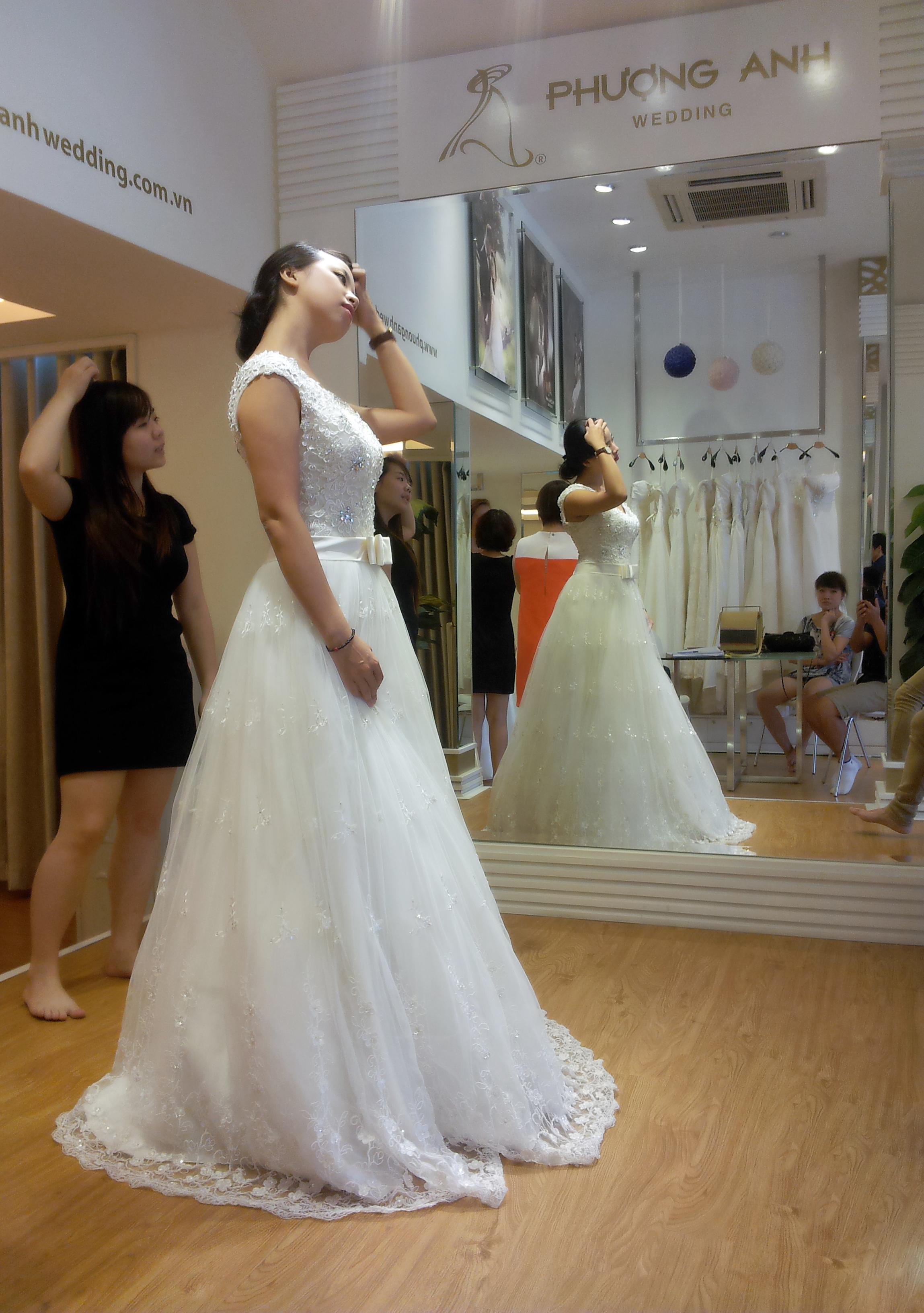 Kinh nghiệm chọn áo cưới hoàn hảo